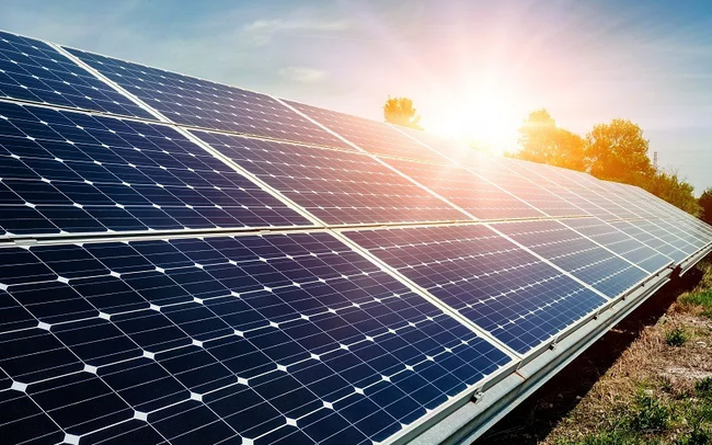 'Đại gia' Malaysia mua lại cổ phần 5 dự án điện mặt trời tại Việt Nam