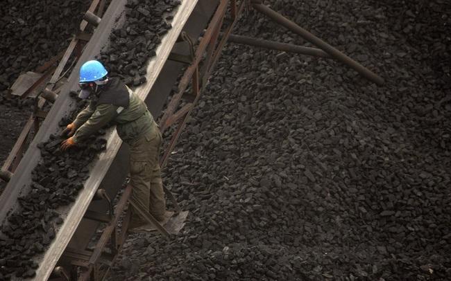 Thảm cảnh của lao động nhập cư Trung Quốc: Mắc căn bệnh quái ác nhưng không có bảo hiểm, đi làm không hợp đồng, lương chỉ vỏn vẹn 1 triệu đồng/tháng