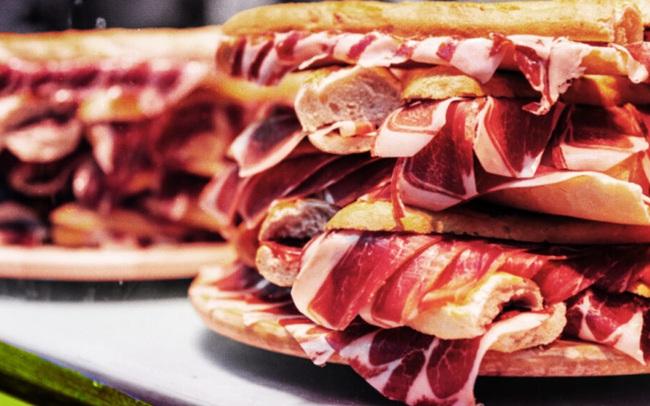 Tạp chí Dinh dưỡng Lâm sàng Hoa Kỳ cho biết ăn 25 gram thịt này mỗi ngày làm tăng 44% nguy cơ sa sút trí tuệ