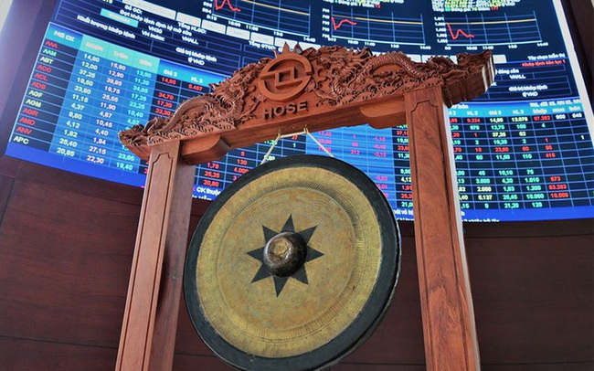 Dự thảo sắp xếp lại TTCK: Chuyển toàn bộ giao dịch cổ phiếu về HoSE từ năm 2025