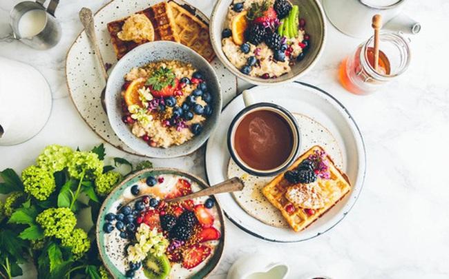 10 thói quen ăn sáng có thể phá hỏng ngày mới