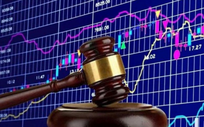 Một cá nhân bị phạt nặng vì dùng 35 tài khoản thao túng giá cổ phiếu TAR