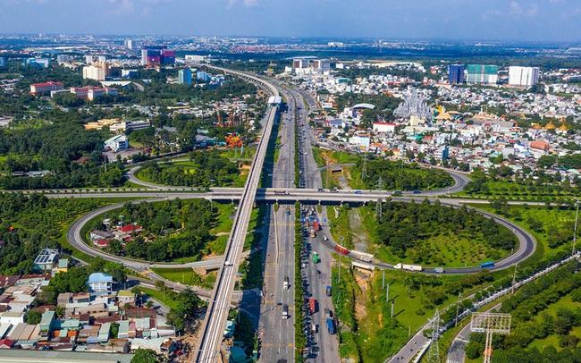 Dù chỉ chiếm 1/10 diện tích TPHCM nhưng thành phố mới Thủ Đức chiếm tới 30% thị trường BĐS toàn TPHCM, lo ngại giá nhà sẽ tiếp tục tăng