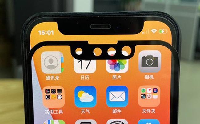Hình ảnh so sánh rãnh tai thỏ của iPhone 13 và iPhone 12