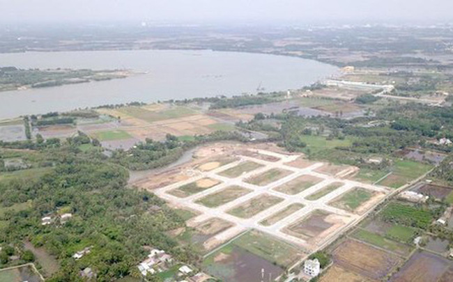 Công an yêu cầu dừng giao dịch với 2 doanh nghiệp bán nhà khi chưa được giao đất