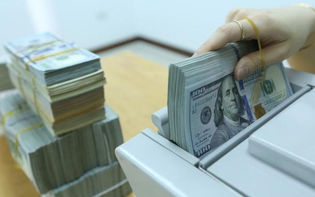 Thanh khoản dồi dào, tỷ giá USD/VND giảm sâu