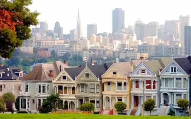 Mỹ lên cơn sốt địa ốc, giá nhà cao kỷ lục