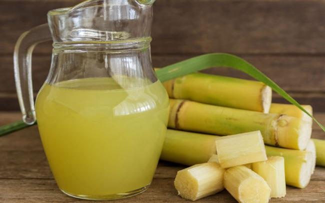 """Nước mía được người Ấn Độ ví như """"mỏ vàng"""" của sức khỏe nhưng có 6 kiểu uống khiến chúng trở nên độc hại"""