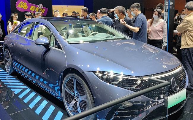 Mercedes-Benz EQS sắp về Việt Nam: Lớn như S-Class, chạy điện, có thể tận dụng trạm sạc VinFast