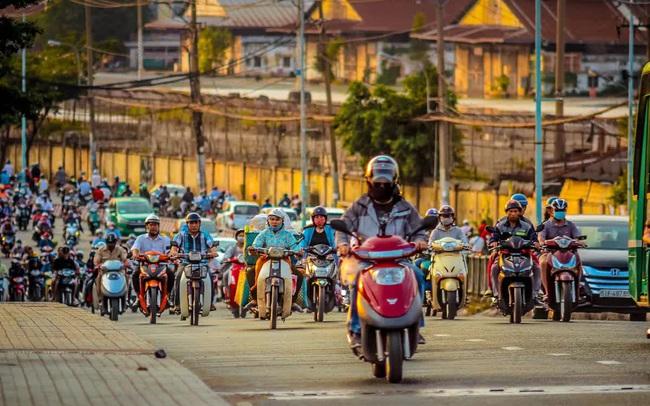 Việt Nam dư thừa lao động nhưng sức cạnh tranh kém xa ASEAN-4, chỉ cao hơn Indonesia và Lào
