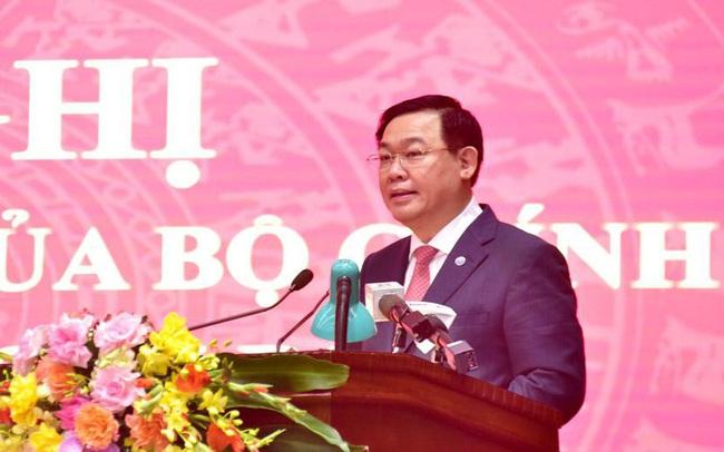Ông Vương Đình Huệ mong cán bộ Hà Nội thông cảm vì 'có lúc phát biểu to hơn bình thường'