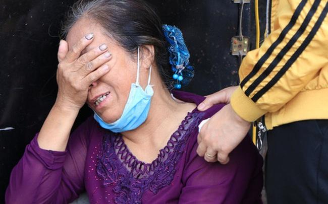 """Nỗi đau tột cùng của người mẹ trong vụ cháy khiến cả gia đình 4 người tử vong: """"Giờ tôi mất hết con cháu rồi"""""""