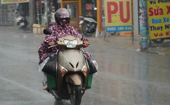 TP HCM đang đón mưa trái mùa và chuỗi mưa lớn