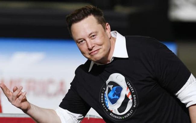 Vừa khiến Dogecoin rơi 30%, Elon Musk lại tuyên bố dùng đồng tiền này tài trợ cho chương trình chinh phục mặt trăng