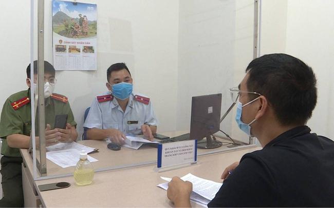 """Đăng tin sai sự thật """"Hà Nội phong tỏa"""", Youtuber Duy Nến bị phạt 12,5 triệu đồng"""