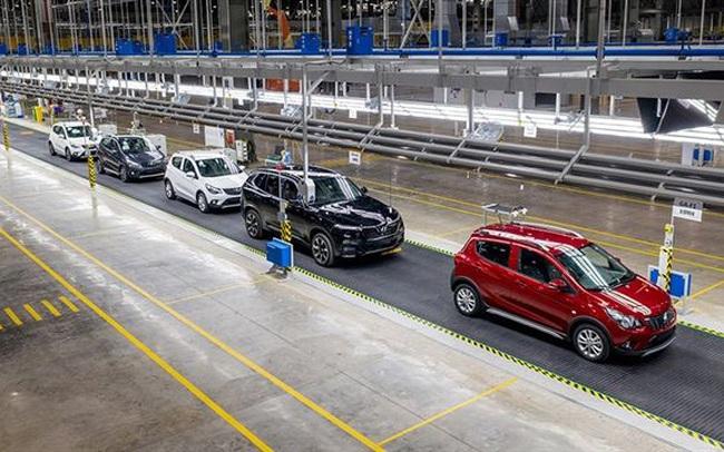 VinFast bán gần 3.000 xe trong tháng 4, Fadil chiếm hơn một nửa