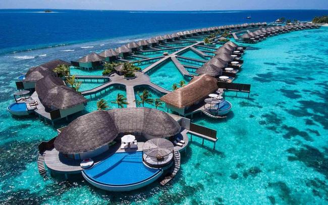 Mở cửa cho người Ấn Độ sang tránh dịch, thiên đường du lịch Maldives đang phải trả giá đắt