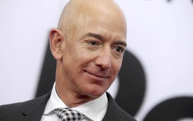 Vì sao Jeff Bezos bán gần 7 tỷ USD cổ phiếu Amazon trong một tuần?