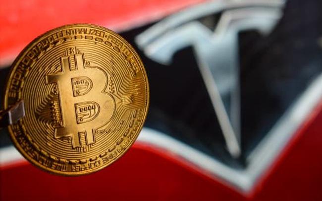 """Elon Musk """"quay lưng"""" với Bitcoin, ngừng chấp nhận thanh toán khi mua xe Tesla"""
