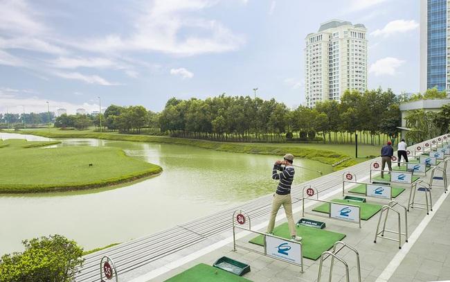 Hà Nội dừng hoạt động sân golf, các sân tập golf, thể thao tập trung đông người từ 12h trưa nay