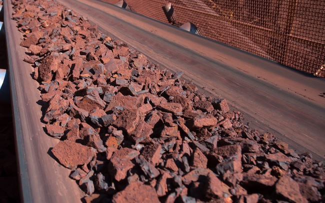 Giá quặng sắt đảo chiều lao dốc, mất ngay hơn 7%