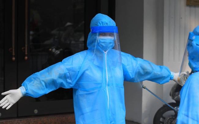 F1 của giám đốc Hacinco dương tính với SARS-CoV-2 chỉ sau 1 ngày: Có phải do chủng virus gây bệnh và lây siêu nhanh?
