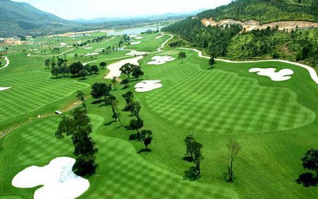 Hoà Bình đóng cửa sân golf Phượng Hoàng để phòng dịch