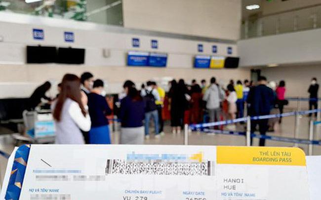 Đề xuất bỏ trần giá vé máy bay, nguy cơ 'bắt tay' tăng giá, khách lãnh đủ