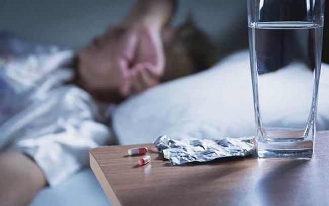 Cảnh báo mối nguy khi lạm dụng thuốc ngủ trong đại dịch COVID-19