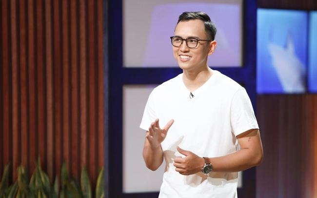"""Lập startups bạt chống ngập cho xe ô tô sau lần sửa siêu xe cho bạn, CEO Hoa Lộc Thành gây ấn tượng mạnh với Shark Liên nhưng lại bị """"dìm hàng"""" không thương tiếc"""