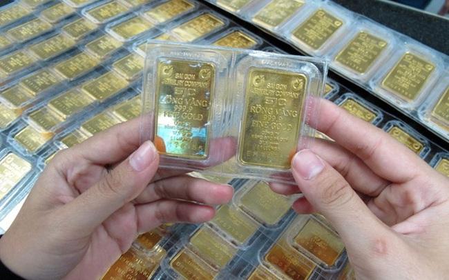 Giá vàng trong nước tiếp tục leo cao