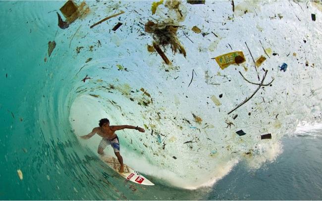 Sự thật chấn động: Một nửa lượng nhựa dùng một lần trên toàn cầu được sản xuất chỉ bởi 20 công ty