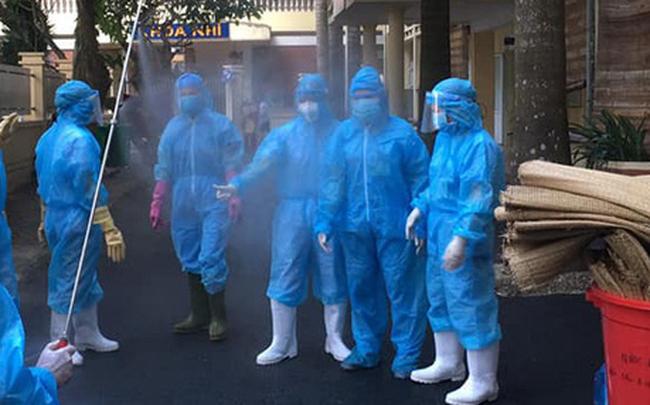 Hà Nội phát hiện 1 ca dương tính SARS-CoV-2 sau khi khám sàng lọc tại Bệnh viện Đa khoa huyện Thạch Thất