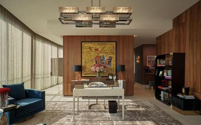 Bức tranh treo trong căn penthouse do Thái Công thiết kế bị đặt nghi vấn: Liệu có đúng là tranh thật nguyên bản hay chỉ là bản in thương mại?