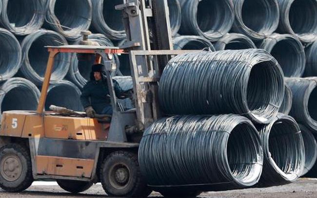 """Trung Quốc siết tín dụng, """"điềm gở"""" cho cơn sốt giá nguyên vật liệu toàn cầu?"""