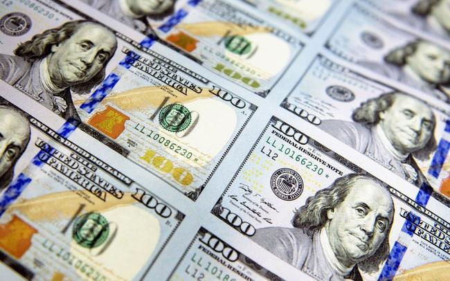 Giá USD tăng khi tiền điện tử liên tục lao dốc