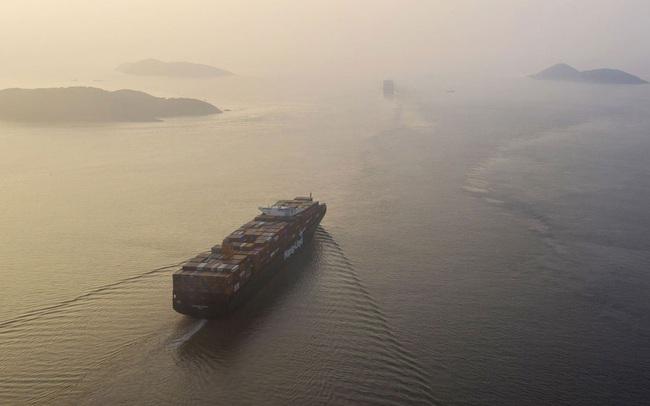 Cước phí vận chuyển container từ Á sang Âu tăng gần 500% sau 1 năm