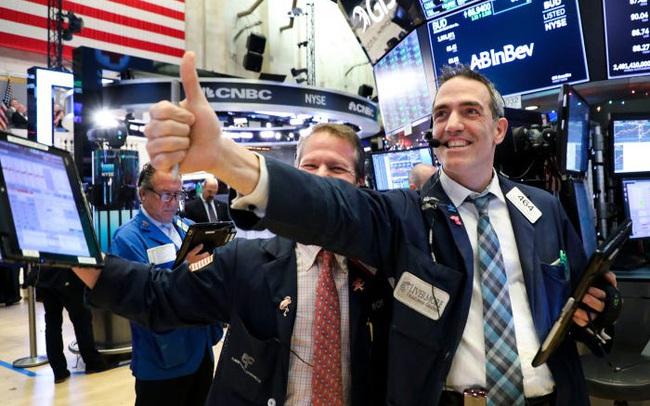 Chứng khoán Mỹ 'xanh' đồng loạt, S&P 500 ghi nhận 4 tháng liên tiếp thăng hoa