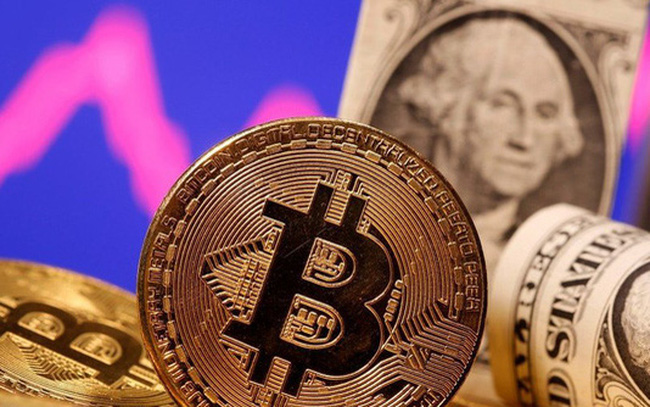 Bitcoin giảm giá tồi tệ nhất trong 1 thập kỷ