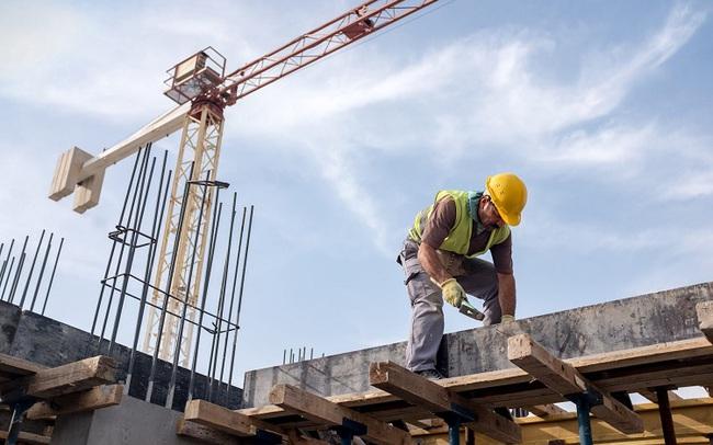 """Tâm tư của nhà thầu xây dựng: """"Giá vật liệu tăng bất thường, chúng tôi nguy cơ thua lỗ, phá sản"""""""