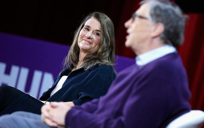 """Melinda Gates: Làm vợ Bill Gates đôi khi """"siêu khó"""""""