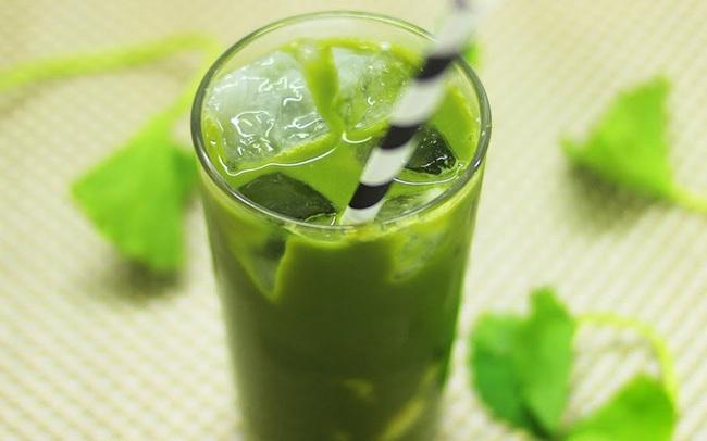 Nước rau má vừa ngon lại mát vào mùa nắng nóng nhưng đừng uống theo những cách này kẻo thành công cốc!