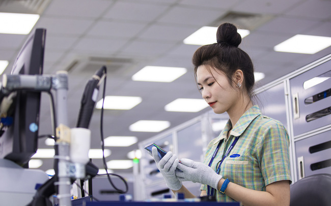 Xuất khẩu điện thoại, máy tính Made-in-Vietnam tăng trưởng hai chữ số