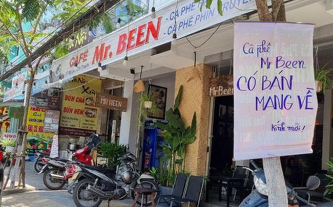 Hàng quán Đà Nẵng 'dọn sạch bách' bàn ghế, treo biển chỉ bán mang về