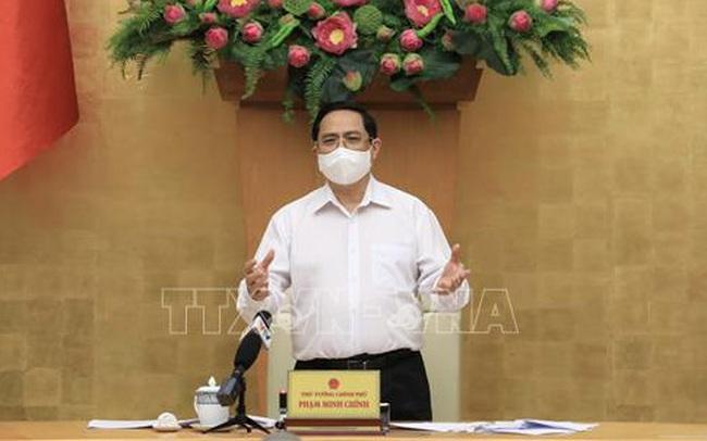 Thủ tướng: Tránh áp dụng cực đoan việc giãn cách xã hội
