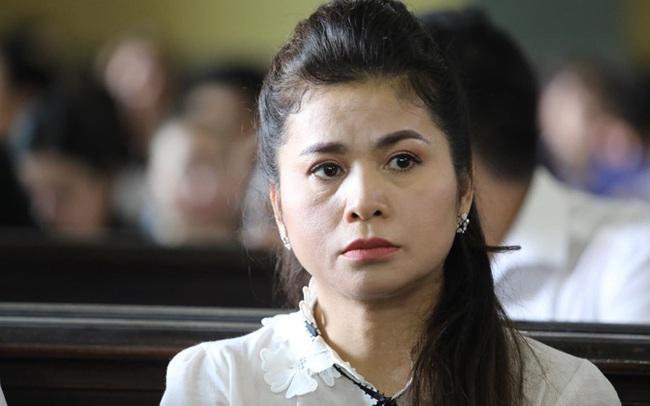 """Bà Lê Hoàng Diệp Thảo tiếp tục đăng trạng thái ẩn ý hậu ly hôn nghìn tỷ, khẳng định mình sẽ tiếp tục đấu tranh: """"Chắc chắn mình sẽ không bỏ cuộc, vì chính nghĩa"""""""