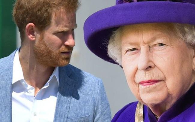 Đã có hơn 40.000 người yêu cầu Harry trả lại tước hiệu hoàng gia, tuy nhiên Nữ hoàng Anh khó lòng thực hiện vì lý do này