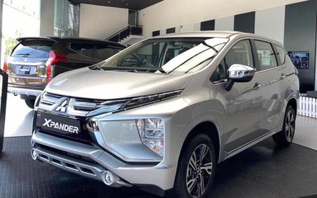 """Chiếc ô tô nằm trong top bán chạy nhất Việt Nam dùng """"chiêu độc"""" khi đối thủ ồ ạt giảm giá"""