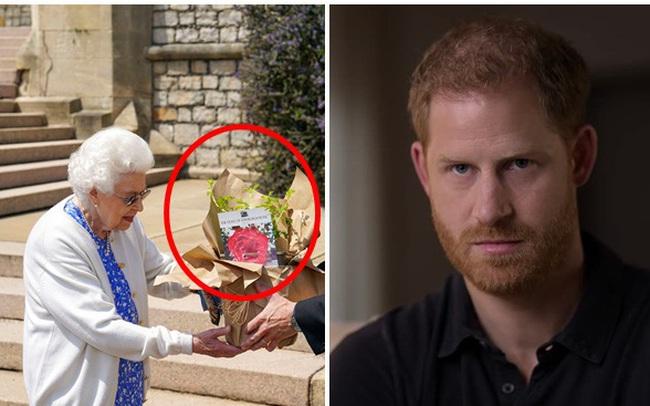 Nữ hoàng Anh có hành động đặc biệt nhân dịp sinh nhật lần thứ 100 của Hoàng tế Philip khiến Harry xấu hổ khi bị bóc trần bản chất thật