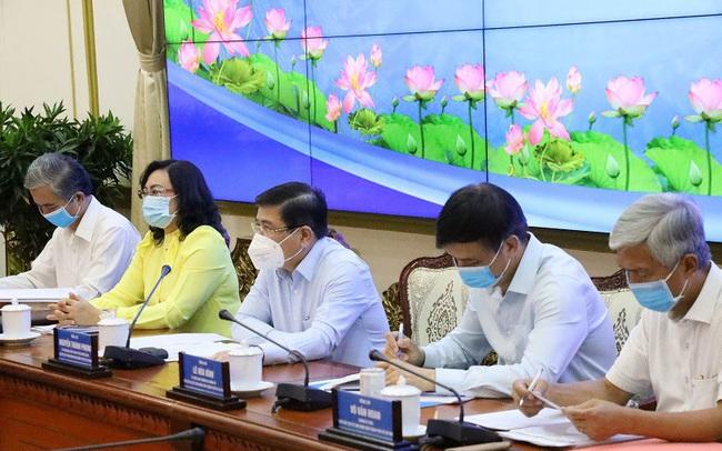TP.HCM: Mục tiêu đến cuối năm 2021 tiêm vắc xin cho 2/3 người dân